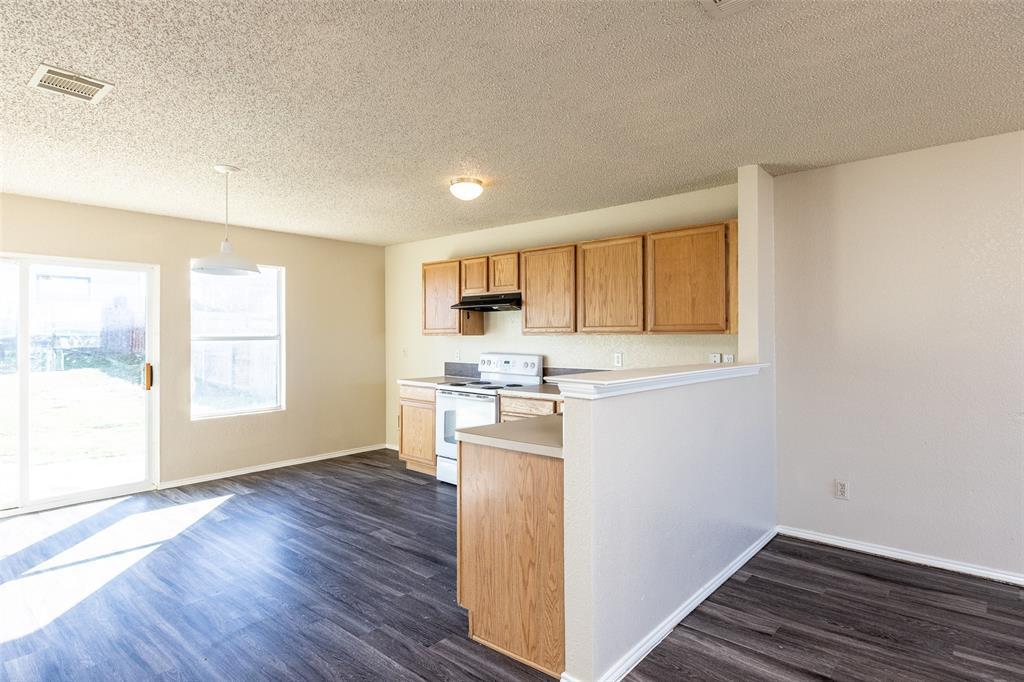 1820 Vineridge Lane, Burleson, Texas 76028 - acquisto real estate best allen realtor kim miller hunters creek expert