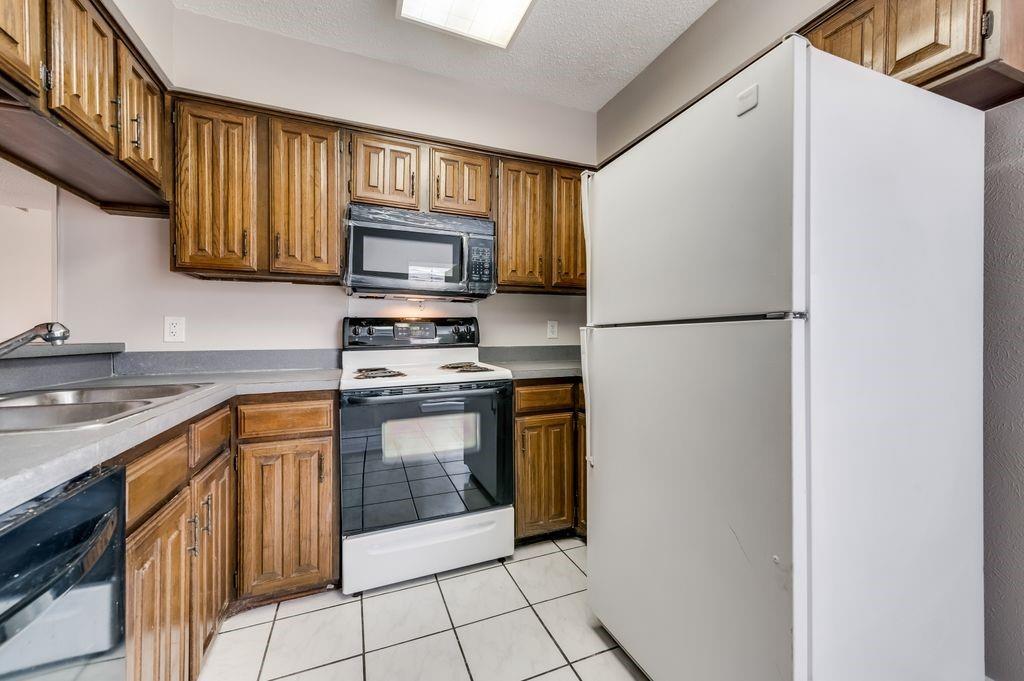 863 Dublin  Drive, Richardson, Texas 75080 - acquisto real estate best celina realtor logan lawrence best dressed realtor