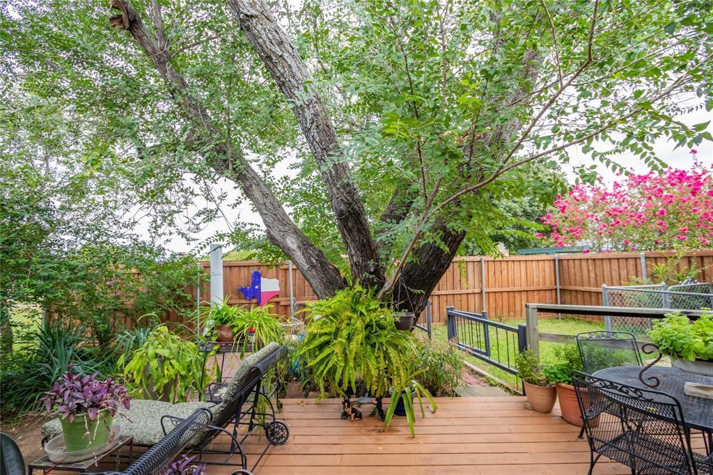 1110 Lakeshore  Boulevard, Oak Point, Texas 75068 - acquisto real estate best realtor dfw jody daley liberty high school realtor