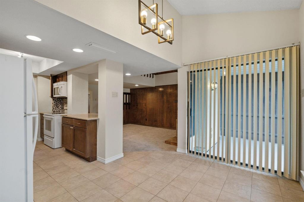 613 Campana Court, Irving, Texas 75061 - acquisto real estate best real estate company to work for