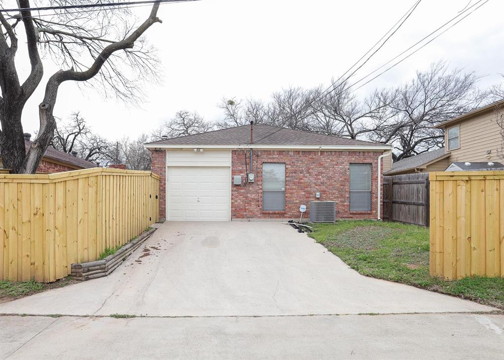 1910 Etain Road, Irving, Texas 75060 - acquisto real estate best realtor dallas texas linda miller agent for cultural buyers