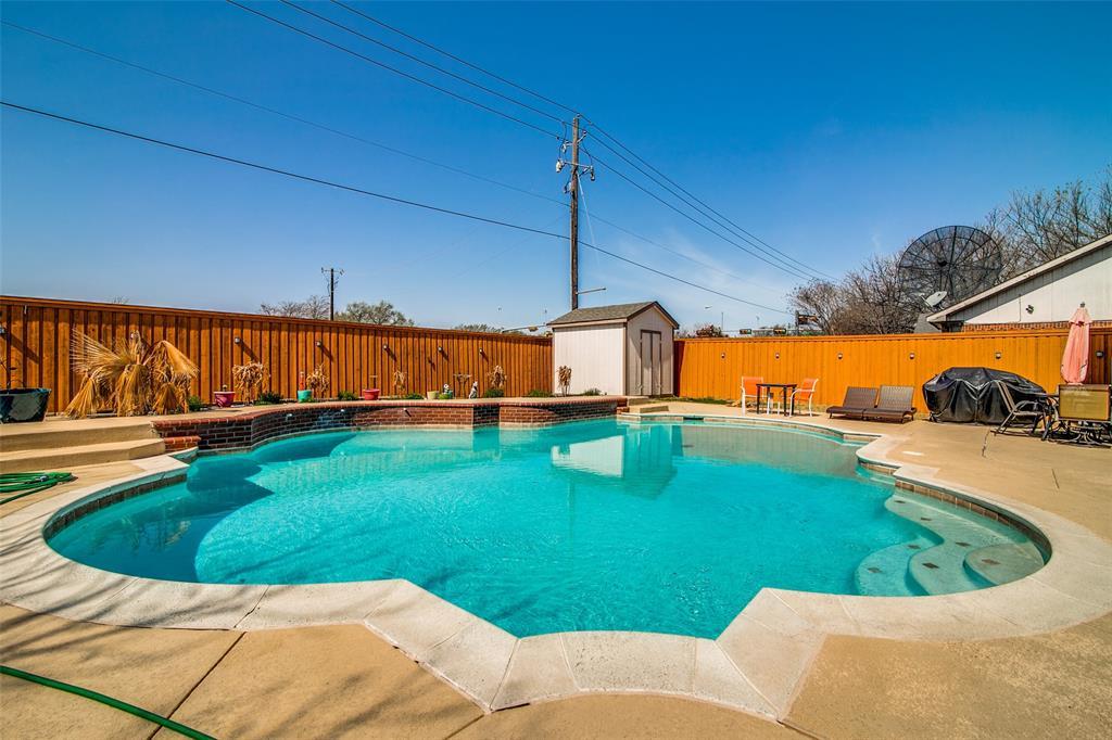 6109 Iris Drive, Rowlett, Texas 75089 - acquisto real estate mvp award real estate logan lawrence