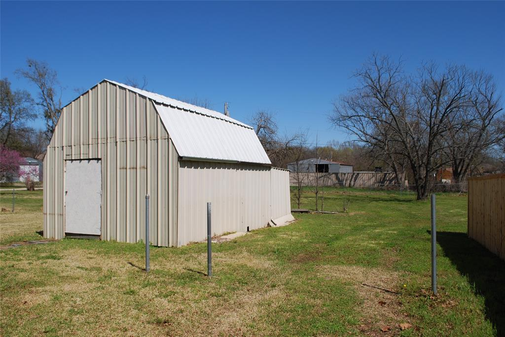 202 McFall Street, Whitesboro, Texas 76273 - acquisto real estate best flower mound realtor jody daley lake highalands agent of the year
