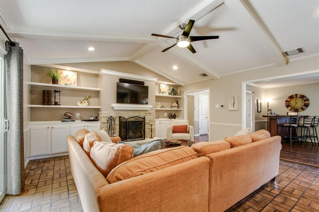 2412 Custer  Parkway, Richardson, Texas 75080 - acquisto real estate best realtor dallas texas linda miller agent for cultural buyers