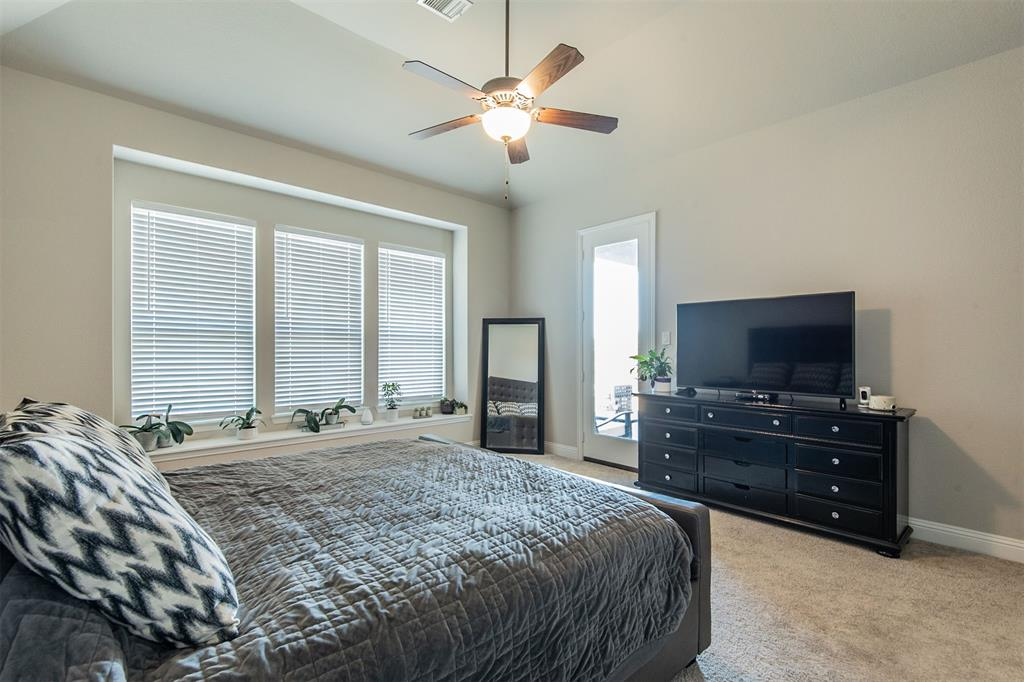 1917 Middleton Drive, Mansfield, Texas 76063 - acquisto real estate best real estate company to work for