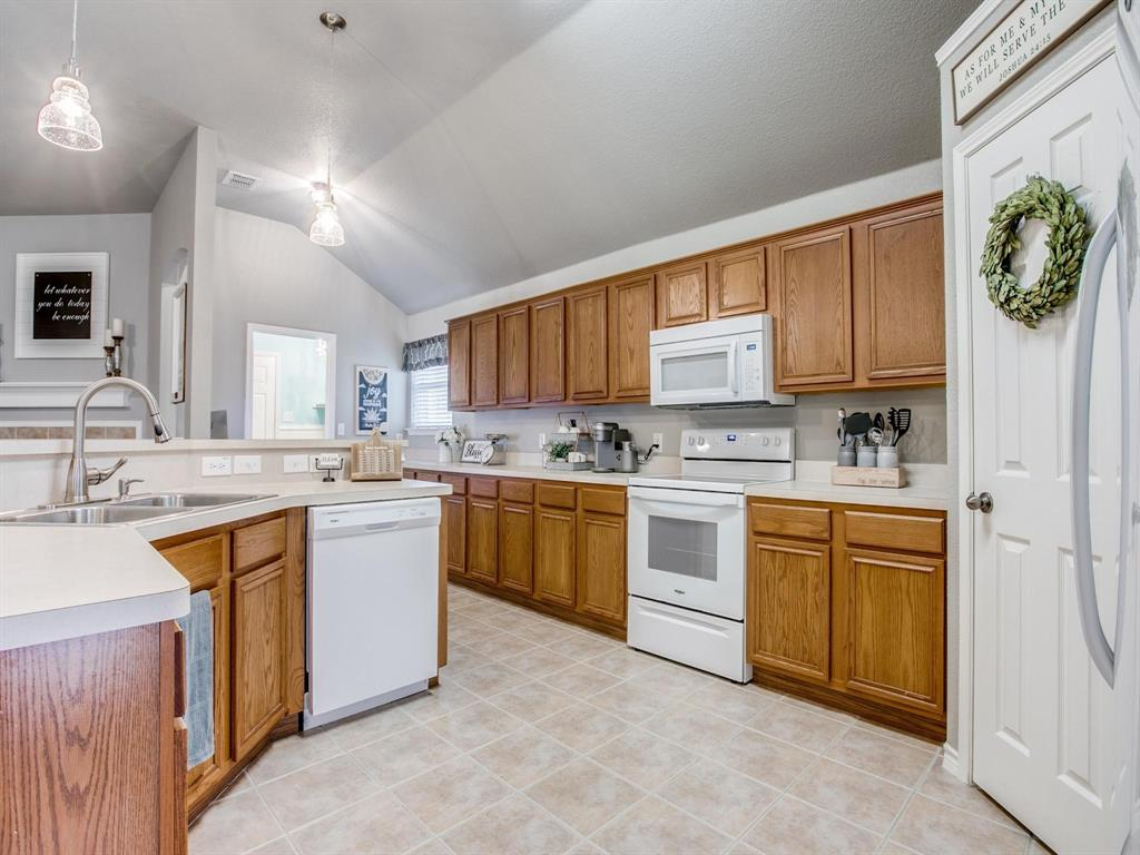 3721 Fiscal  Court, Fort Worth, Texas 76244 - acquisto real estate best celina realtor logan lawrence best dressed realtor