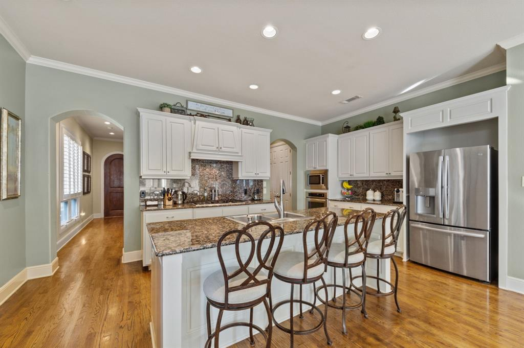 1215 Belle Place, Fort Worth, Texas 76107 - acquisto real estate best listing agent in the nation shana acquisto estate realtor