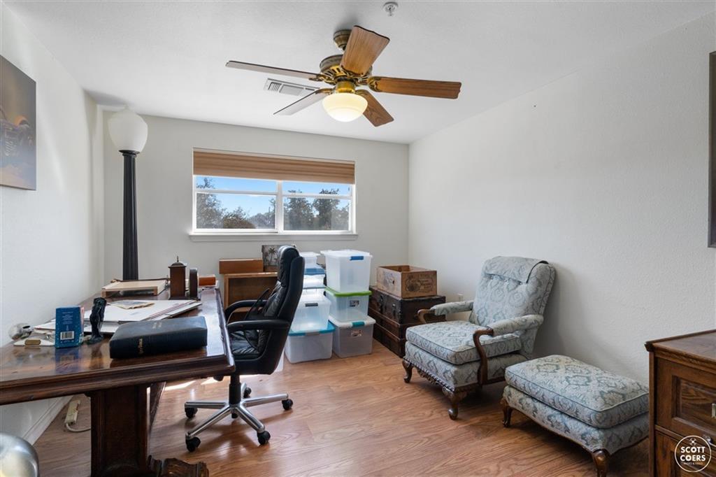 312 Lori Lane, Brownwood, Texas 76801 - acquisto real estate best park cities realtor kim miller best staging agent