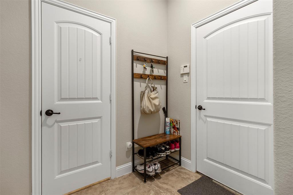 409 Foxtail Court, Waxahachie, Texas 75165 - acquisto real estate best realtor dfw jody daley liberty high school realtor