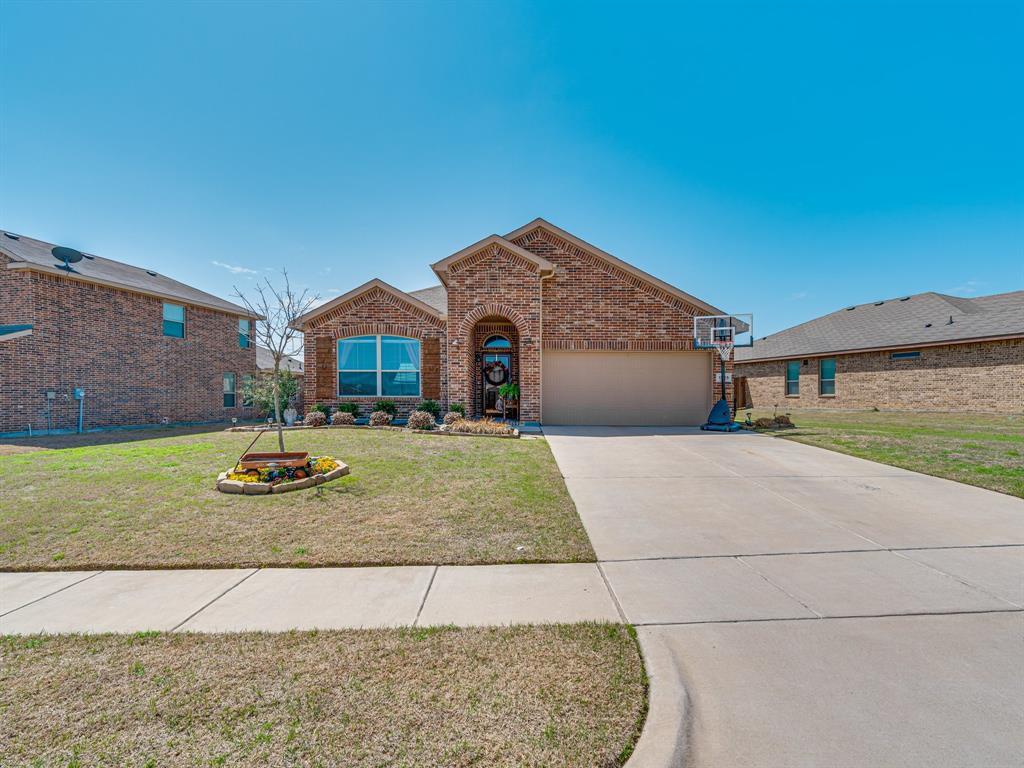 1725 Cross Creek Lane, Cleburne, Texas 76033 - acquisto real estate best allen realtor kim miller hunters creek expert