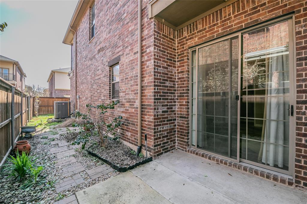 8616 Augustine Road, Irving, Texas 75063 - acquisto real estate best new home sales realtor linda miller executor real estate