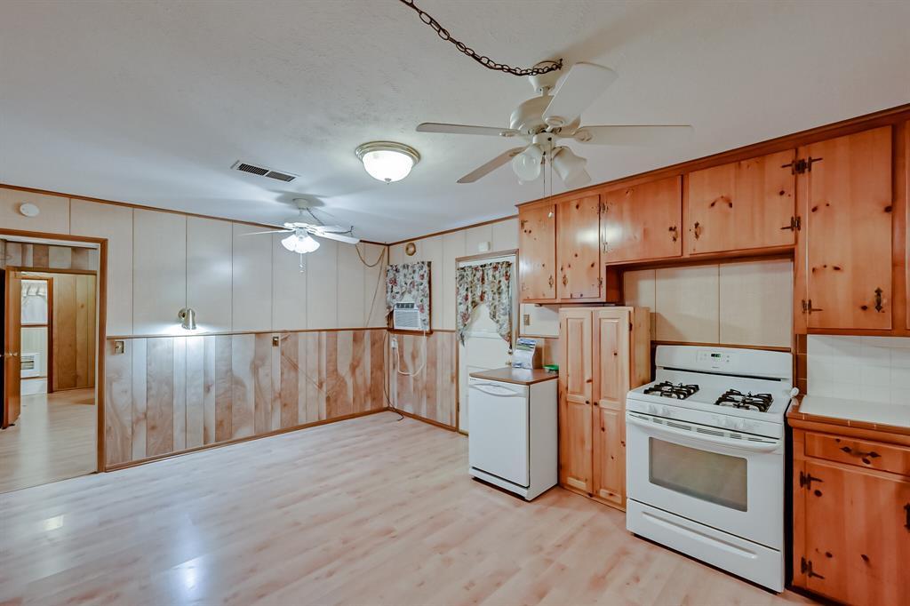 409 Kimbrough Street, White Settlement, Texas 76108 - acquisto real estate best celina realtor logan lawrence best dressed realtor