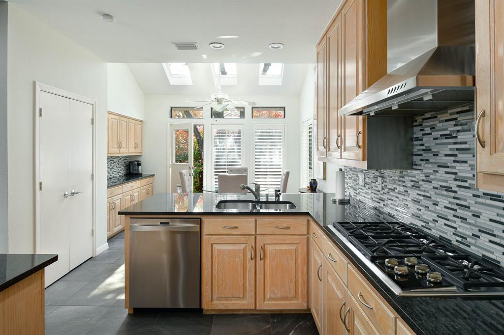 16208 Ranchita Drive, Dallas, Texas 75248 - acquisto real estate best realtor westlake susan cancemi kind realtor of the year