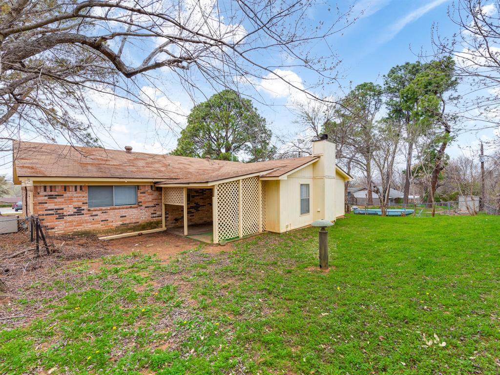 2507 Hilldale Boulevard, Arlington, Texas 76016 - acquisto real estate smartest realtor in america shana acquisto