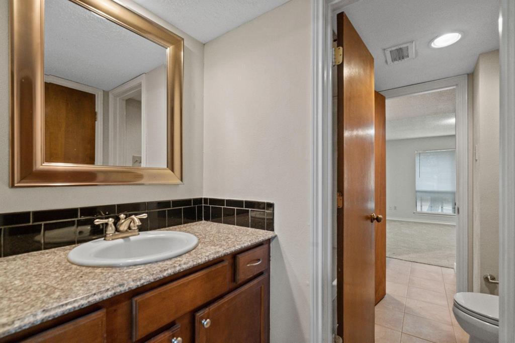 613 Campana Court, Irving, Texas 75061 - acquisto real estate best negotiating realtor linda miller declutter realtor