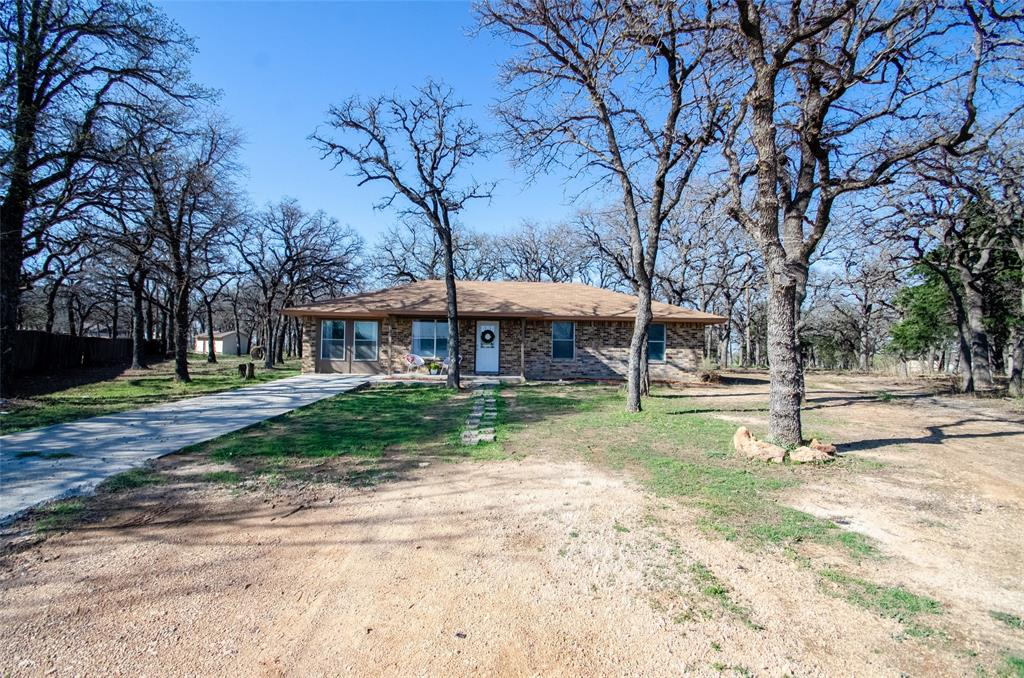 106 Fiesta Court, Chico, Texas 76431 - Acquisto Real Estate best plano realtor mike Shepherd home owners association expert