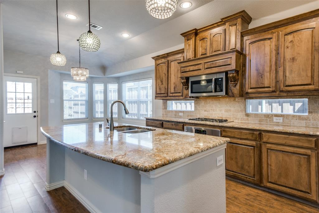1054 Fossil Lake Dr Frisco, Texas 75036 - acquisto real estate best listing listing agent in texas shana acquisto rich person realtor