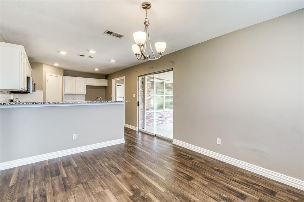 823 Ogden Drive, Arlington, Texas 76001 - acquisto real estate best investor home specialist mike shepherd relocation expert