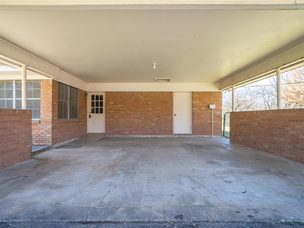 725 Tanglewood Street, Canton, Texas 75103 - acquisto real estate best plano real estate agent mike shepherd