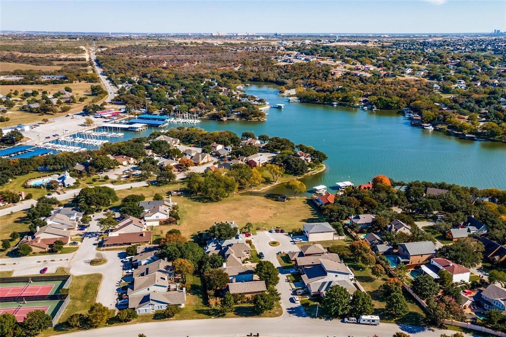 9657 Lea Shore Street, Fort Worth, Texas 76179 - acquisto real estate best negotiating realtor linda miller declutter realtor