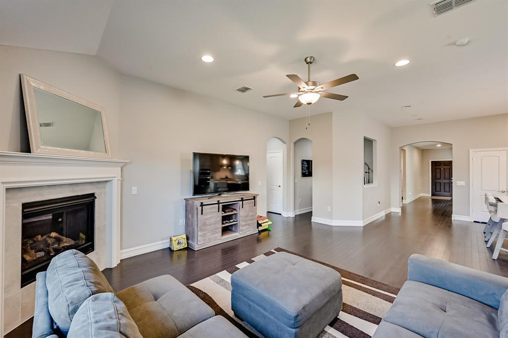 3200 Paxon Drive, Mansfield, Texas 76084 - acquisto real estate best realtor dfw jody daley liberty high school realtor