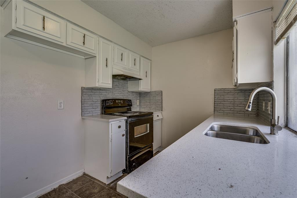 2213 Biscayne Drive, Irving, Texas 75060 - acquisto real estate best designer and realtor hannah ewing kind realtor