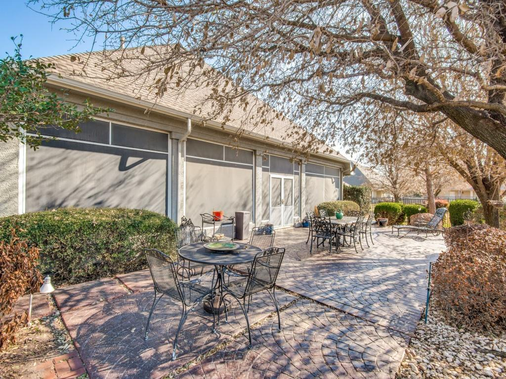 9005 Crestview Drive, Denton, Texas 76207 - acquisto real estate agent of the year mike shepherd
