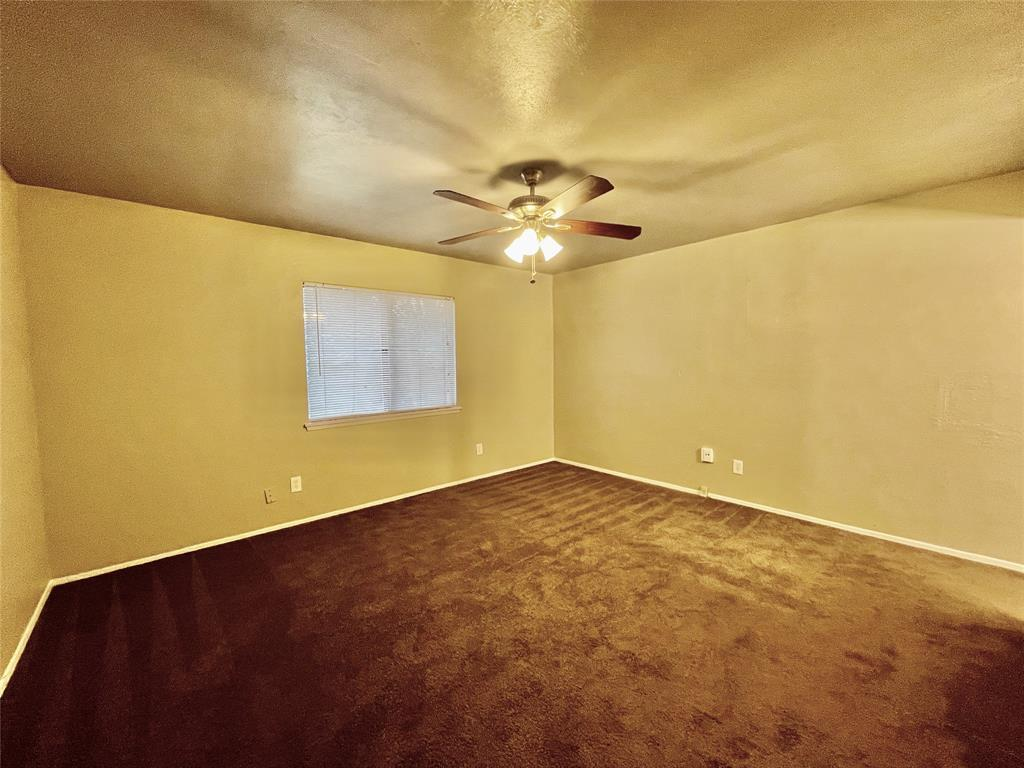 2226 Pennington  Drive, Arlington, Texas 76014 - acquisto real estate best real estate company to work for