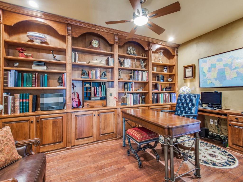 9005 Crestview Drive, Denton, Texas 76207 - acquisto real estate best prosper realtor susan cancemi windfarms realtor