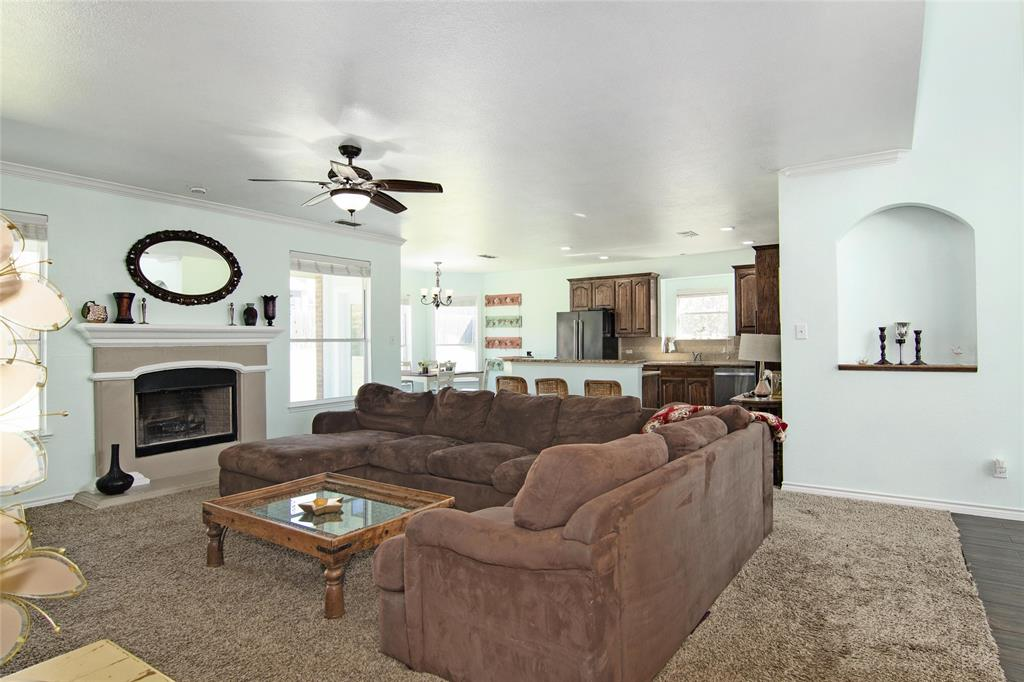 1160 Grove  Court, Burleson, Texas 76028 - acquisto real estate best prosper realtor susan cancemi windfarms realtor
