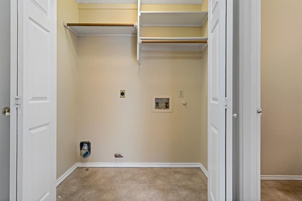 6522 Sturbridge Drive, Rowlett, Texas 75089 - acquisto real estate best realtor dfw jody daley liberty high school realtor