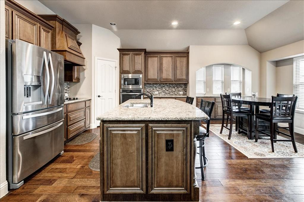 5820 Park View  Drive, Midlothian, Texas 76065 - acquisto real estate best plano real estate agent mike shepherd