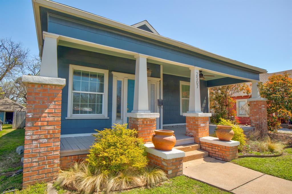 2507 Lipscomb  Street, Fort Worth, Texas 76110 - Acquisto Real Estate best mckinney realtor hannah ewing stonebridge ranch expert