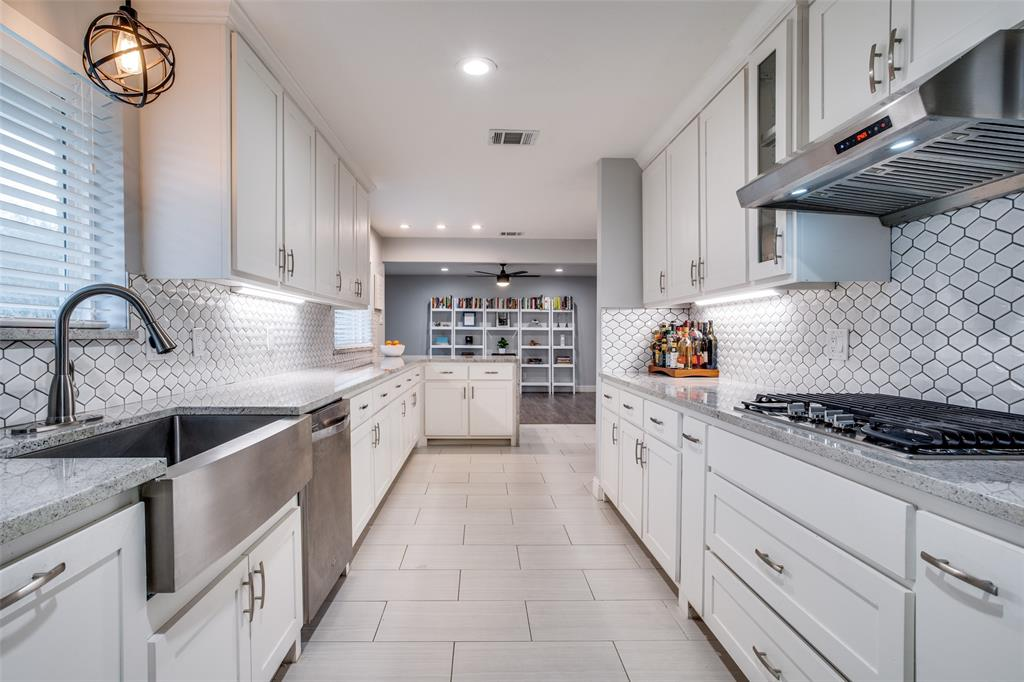 11727 Welch Road, Dallas, Texas 75229 - acquisto real estate best investor home specialist mike shepherd relocation expert