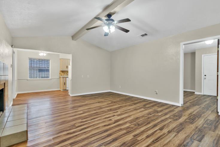 914 Highfall Drive, Dallas, Texas 75232 - acquisto real estate best new home sales realtor linda miller executor real estate