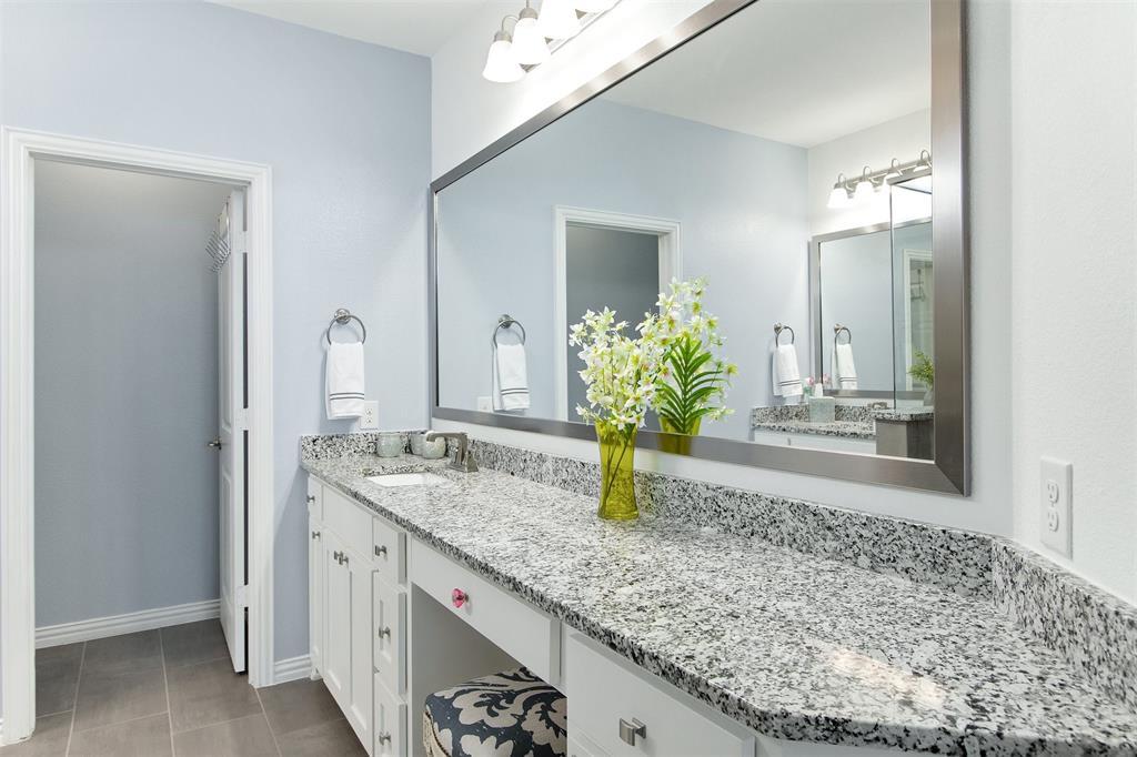 4670 Rhett Lane, Carrollton, Texas 75010 - acquisto real estate best luxury buyers agent in texas shana acquisto inheritance realtor
