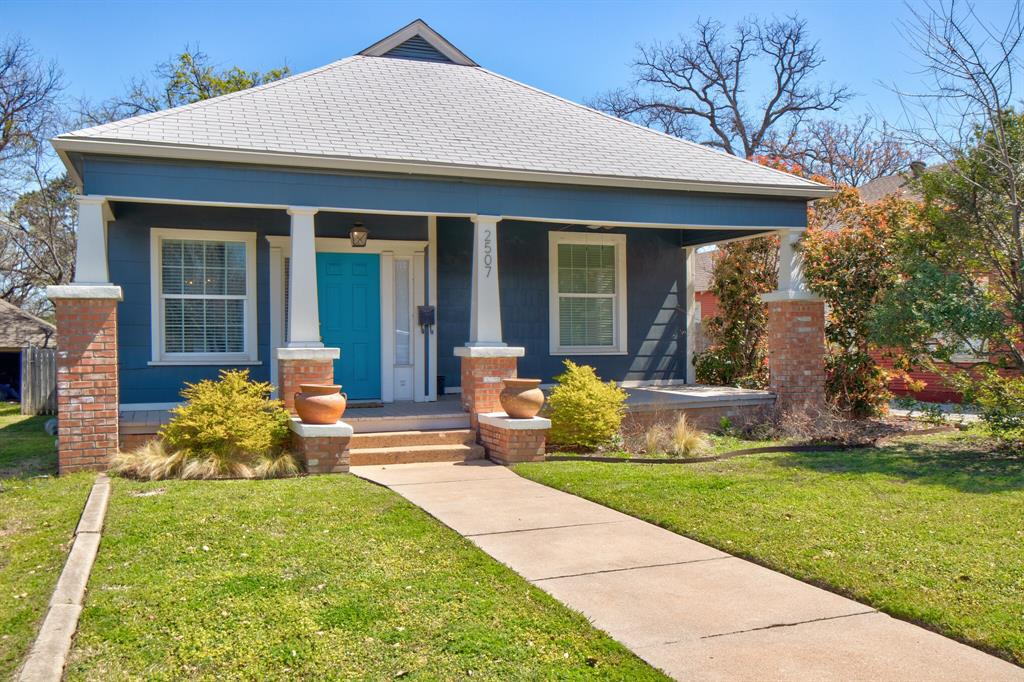 2507 Lipscomb  Street, Fort Worth, Texas 76110 - acquisto real estate best flower mound realtor jody daley lake highalands agent of the year