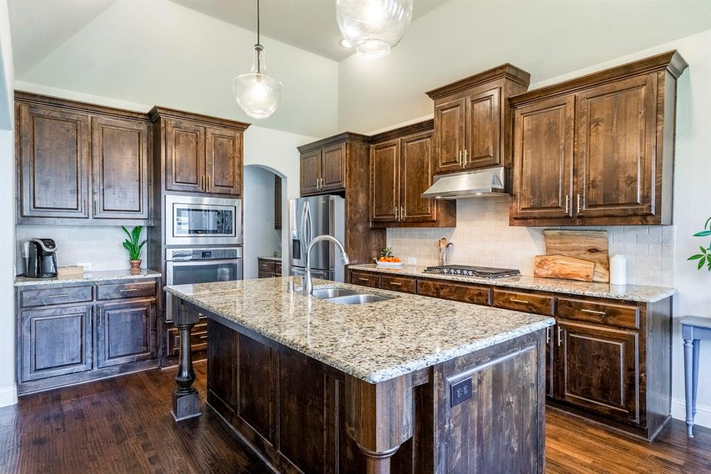 837 Fireside  Drive, Little Elm, Texas 76227 - acquisto real estate best style realtor kim miller best real estate reviews dfw