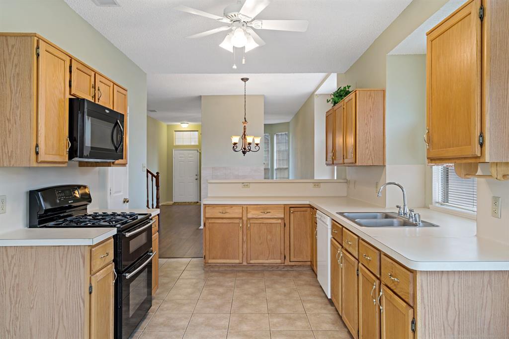 6522 Sturbridge Drive, Rowlett, Texas 75089 - acquisto real estate best highland park realtor amy gasperini fast real estate service