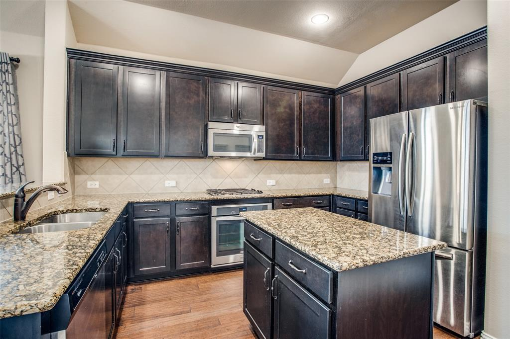 1320 Poplar Drive, McKinney, Texas 75072 - acquisto real estate best real estate company to work for