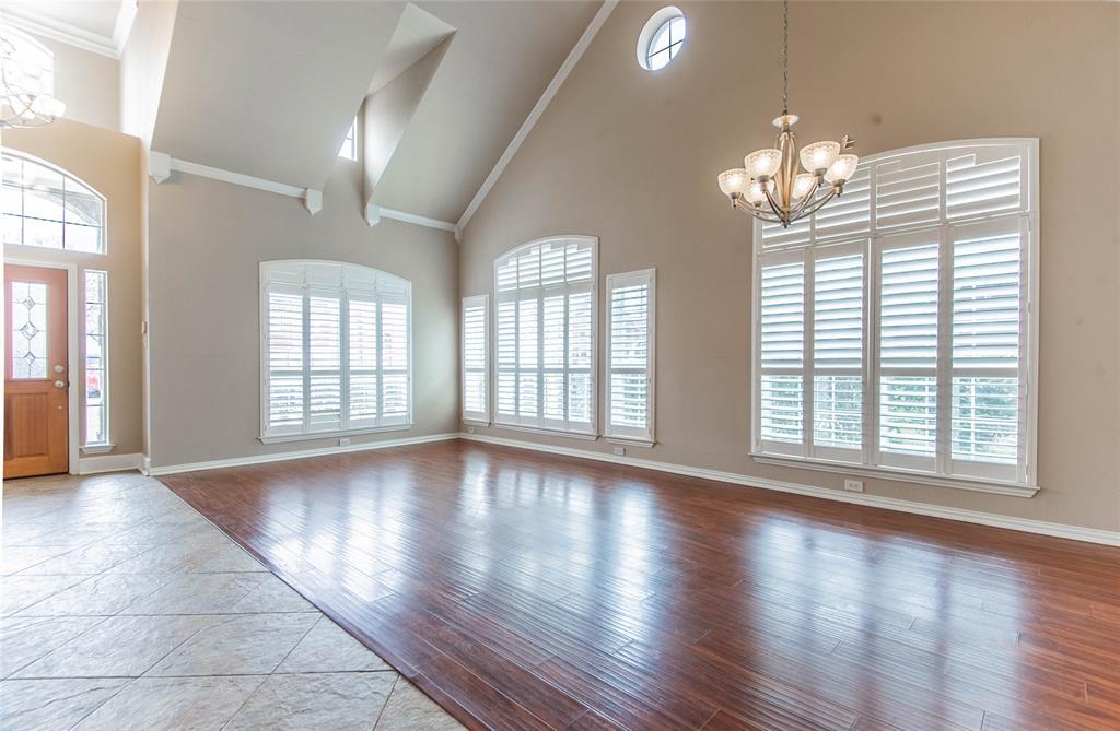 529 Salisbury Drive, Grand Prairie, Texas 75052 - acquisto real estate best prosper realtor susan cancemi windfarms realtor