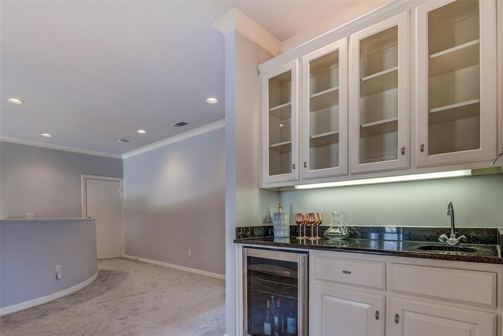 3236 Caravan Drive, Plano, Texas 75025 - acquisto real estate best realtor foreclosure real estate mike shepeherd walnut grove realtor