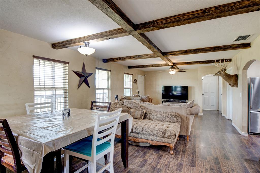 100 Mccrae  Lane, Boyd, Texas 76023 - acquisto real estate best real estate company to work for