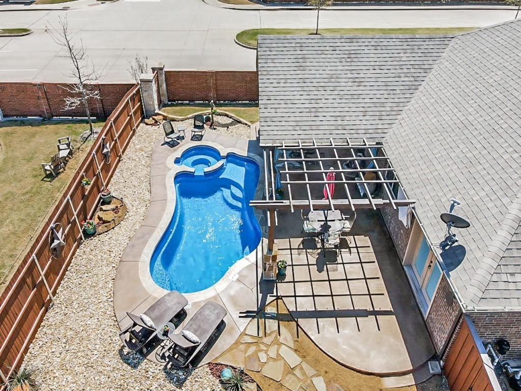 102 Kelvington Drive, Anna, Texas 75409 - acquisto real estate best negotiating realtor linda miller declutter realtor