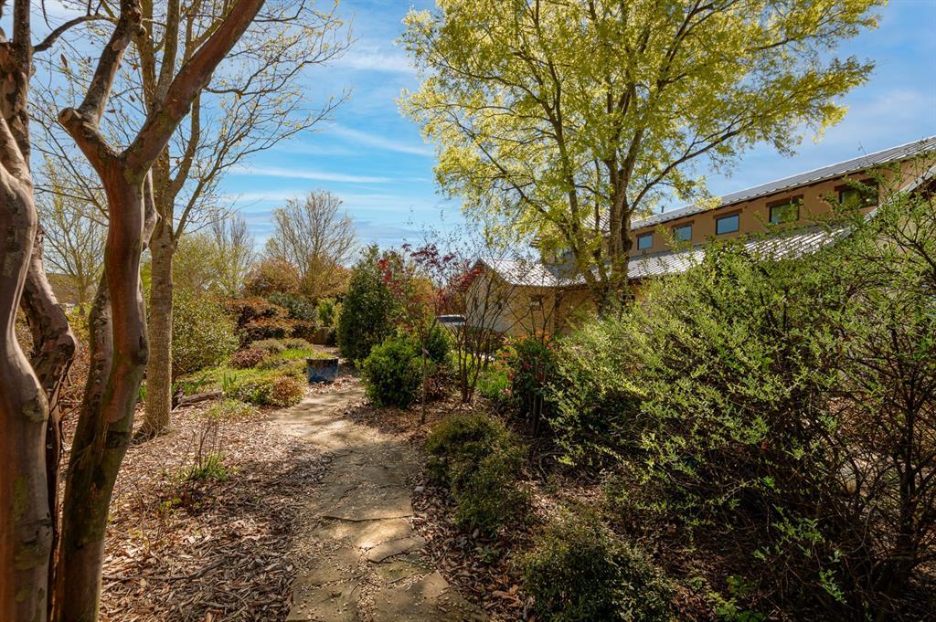 1156 The Shores Drive, Corsicana, Texas 75109 - acquisto real estate best relocation company in america katy mcgillen