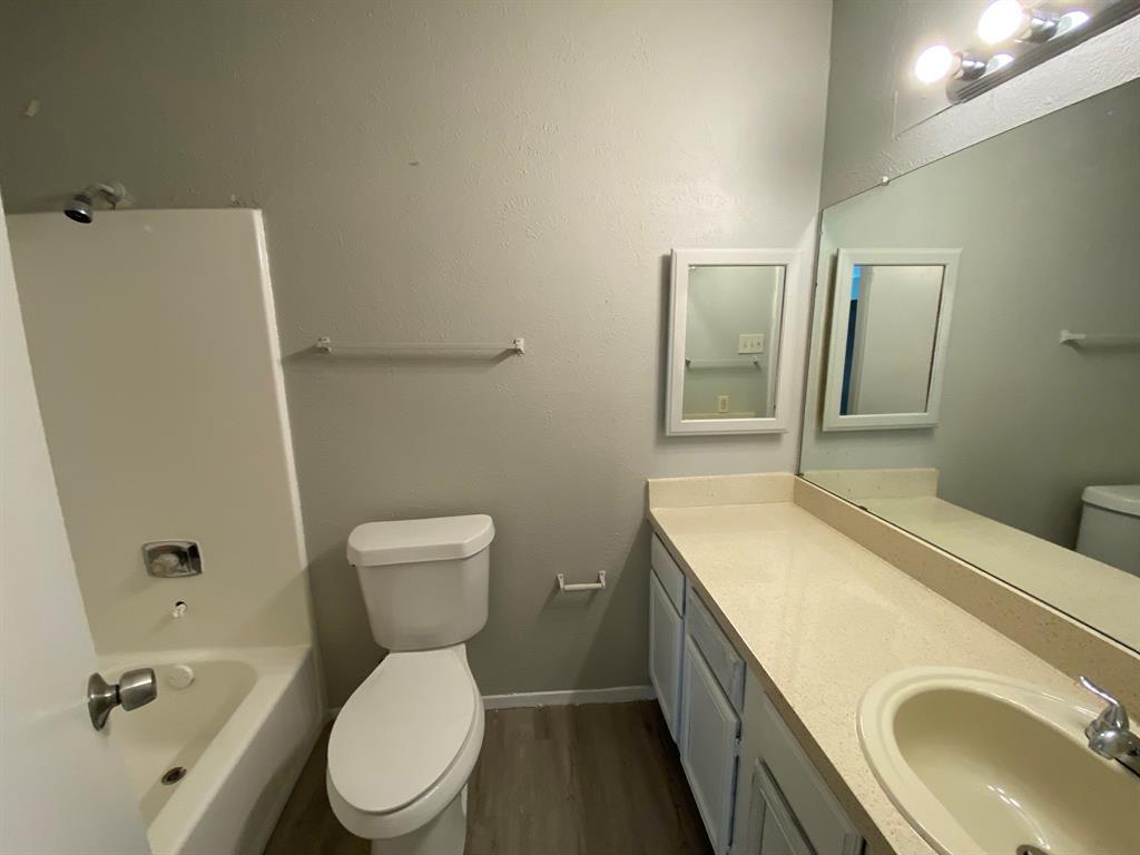 9696 Walnut Street, Dallas, Texas 75243 - acquisto real estate best listing agent in the nation shana acquisto estate realtor