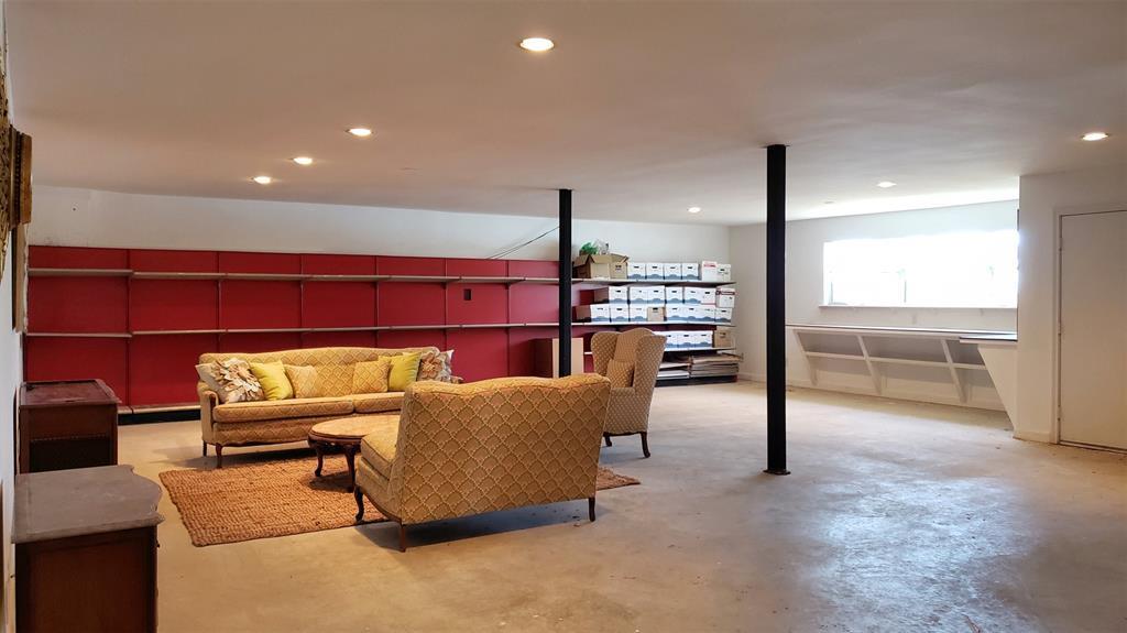 15990 Eastside Road, Tyler, Texas 75707 - acquisto real estate best looking realtor in america shana acquisto
