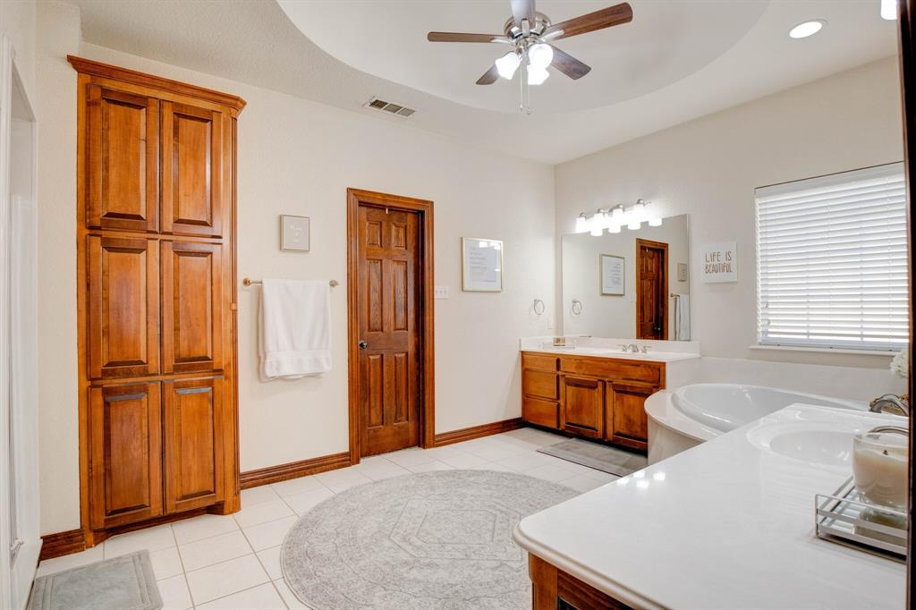1805 Westhill Drive, Cleburne, Texas 76033 - acquisto real estate best frisco real estate agent amy gasperini panther creek realtor