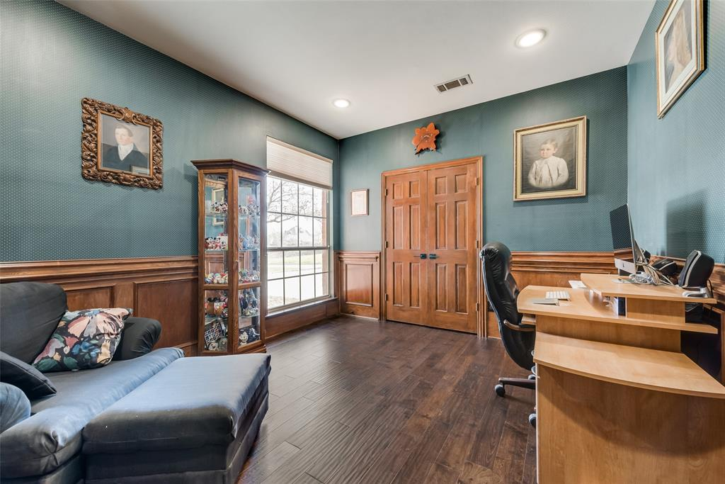 2202 Broadoak Way, Colleyville, Texas 76034 - acquisto real estate best photos for luxury listings amy gasperini quick sale real estate