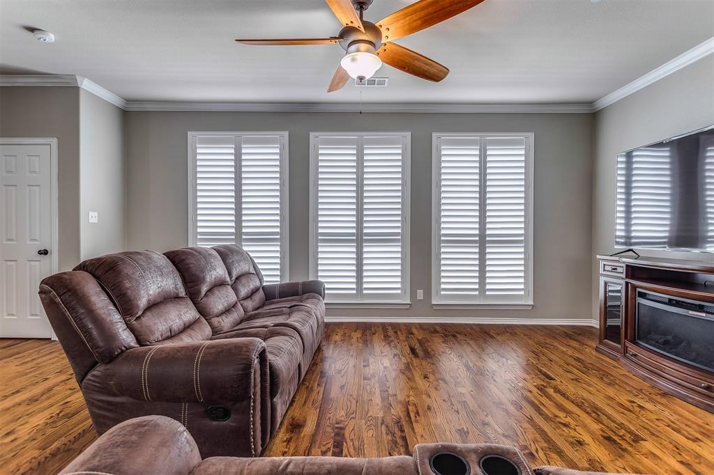 2700 Club Ridge  Drive, Lewisville, Texas 75067 - acquisto real estate best frisco real estate agent amy gasperini panther creek realtor